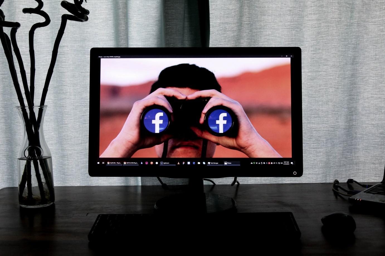 Для чего нужен продвинутый поиск по Facebook